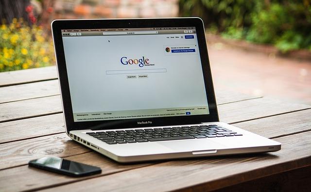 Miért érdemes megbízni SEO team-et azzal, hogy a weboldalunkat optimalizálja?