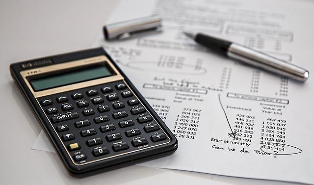 Az adóterhek is lehetnek az okai a külfödre való menekülésnek?
